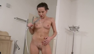 Brunette hair tart Subil Arch is ready to pose naked 24/7