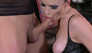 Dana DeArmond widens her legs to fuck herself with sex toy
