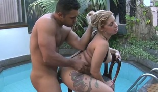 Blonde enchantress Manu Venturini banged in  the poolside