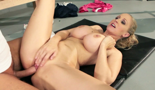 Glamorous milf Julia Ann moans below raunchy neighbor