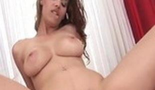 brunette store pupper blowjob sædsprut hårete