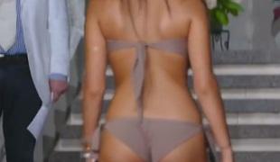 babe store pupper bikini voyeur