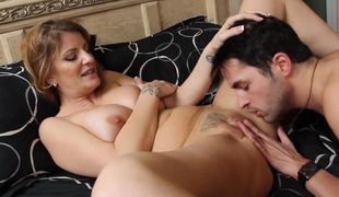 barbert brunette milf store pupper blowjob