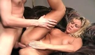 blonde vakker hardcore milf blowjob