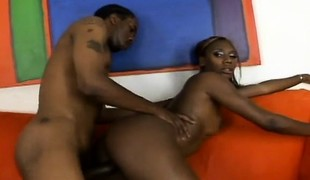 Big booty chocolate beauty enjoys intensive orgasms on a huge dark rod