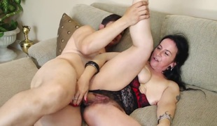 Anthony Rosano bangs in her mouth as hard as possible in oral action