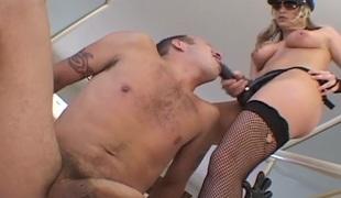 naturlige pupper hardcore milf pornostjerne blowjob