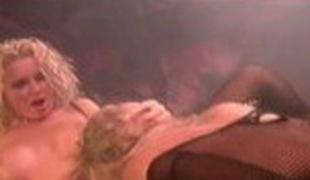blonde store pupper blowjob sædsprut facial