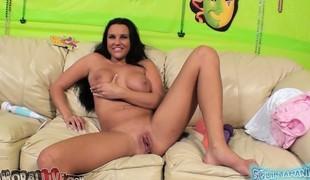 brunette store pupper blowjob titjob brystvorter
