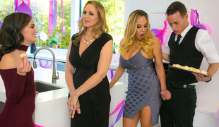 Julia Ann  Olivia Austin  Justin Hunt in My Stepmoms Social Club - BrazzersNetwork