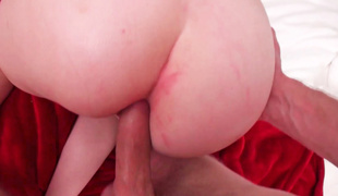 Redhead tells us that she can take it up her taut ass