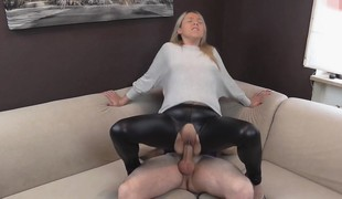 naughty-hotties.net -  shiny leggings quickie