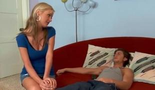 blonde tynn milf store pupper blowjob
