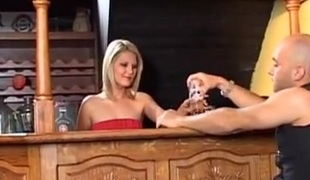 european blonde hardcore blowjob sædsprut