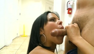 Brunette Diamond Kitty makes her fuck buddy unload his gun