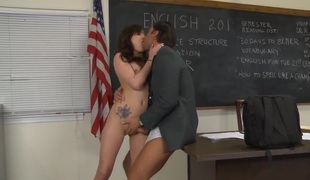 Rocco Reed shows nice sex tricks to Reagan Ross with the help of his subrigid wang