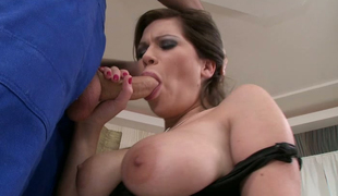 Saggy tittied bitch Candy Hawt is blowing hard and thick strapon with enjoyment