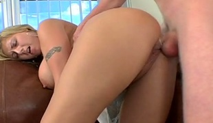 Irresistible blonde playgirl Velicity Von gets her shaved cunny pushed well