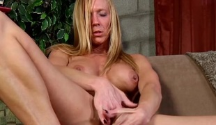 Hawt fit milf with big tits masturbates erotically