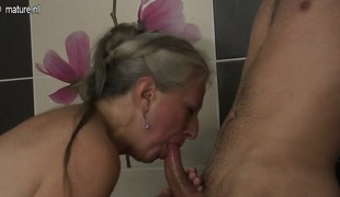 Mature minx wife takes young cock Kaylee from 1fuckdatecom