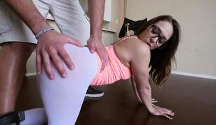 sexy Sara Luvv is proud of her bubble butt. Four-eyed hottie shows her cameltoe and then pulls down her skin tight white panties. Her big perfect ass makes mans knees weak