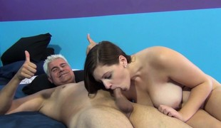 Jessica's squirting honey hole gets pounded just the way she loves it