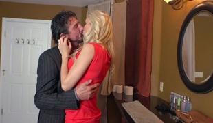 milf kyssing store pupper pornostjerne blowjob
