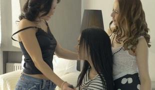 tenåring babe sjarmerende vakker lesbisk