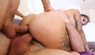 Bonnie Rotten with giant knockers desires Mick Blue put his worm in her butthole again and again in advance of she gives suck job