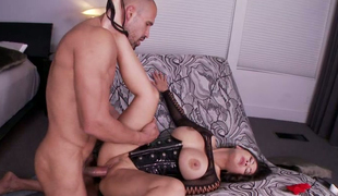 Marvelous milf in corset Jessica Bangkok makes dude lick her moist and whorish slit