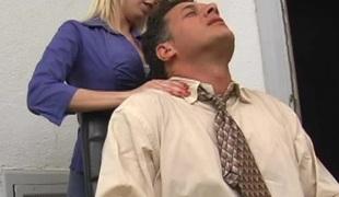 virkelighet blonde hardcore massasje kontor