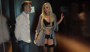blonde pornostjerne