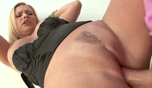 Adorable wench AJ Applegate cant live a day without taking hard meat stick in her mouth