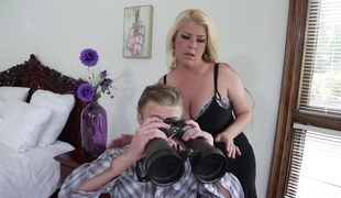 Joclyn Stone & Michael Vegas in My Friends Hot Mommy