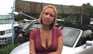 blonde hardcore utendørs store pupper blowjob
