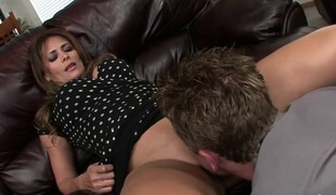 brunette slikking blowjob moden latin