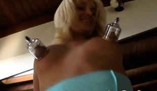 synspunkt blonde store pupper fetish hd