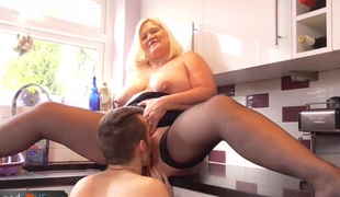 BBW Mature fucks with a lad that was lost