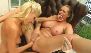 Blonde hussy Mandy Bright involves her GF in fisting session