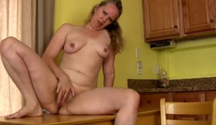 Mature nipps are powerful as that babe masturbates