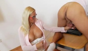 Milf fuck teacher showing Implacable longing